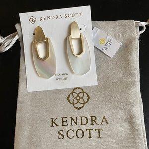 Kendra Scott Kailyn Earrings NWT